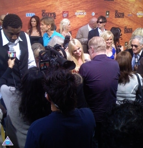 Craziness on the red carpet at Spike TV Guy's Choice Awards