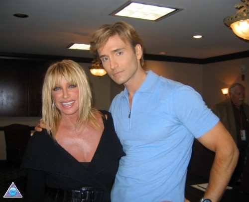Me with Suzanne Somers at the NAVEL Health Expo